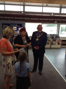 Mayor_and_Mayoress_answer_questions_900